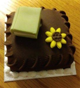 close up Oxford Cake